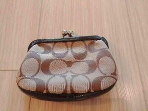 Coach coin purse in mint condition