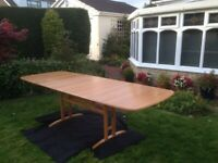RARE Ercol Wheatsheaf Extending Dining Table (seats 10 when extended)