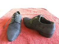 Roberto Boltice, suede blue smart shoes, leather. Made in Italy. Size 6.