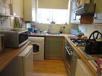One bedroom ground floor flat to rent in Shortlands, Bromley, Kent.