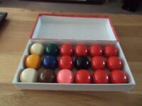 SNOOKER BALLS BOXED 1- 7/8