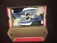 Genuine Nike Air Max 90 in Size 4 with box PRP: £58.99 Junior Kids Airmax Trainers