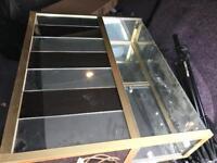 Display cabinets mint