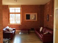 Spacious & Fully Furnished 2 Bedroom Apartment / Flat for Rent in City Centre - inc Private Parking