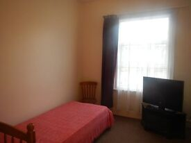 West Hampstead Zone 2 Flat Share Close To All Amenities Suit Working Professional606