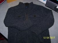 BOYS THICK KNIT JACKET 10/11 YRS