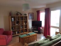Double Room to rent in Kennington in 2 bed flat