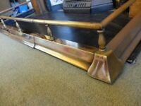 Victorian brass fireplace fender, adjustable length, antique, good condition