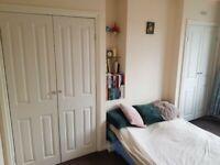 Dovercourt Road - BS7 - 2 Bedroom Top Floor Flat