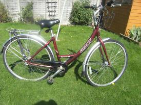 "Ladies Bike Giant 19"" frame 700 wheels"