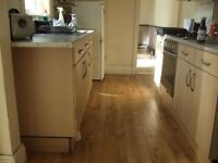 Nice 2 bed cottage, Sunderland/Hendon, No bond, DSS accepted, £99pw
