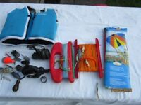 CHILD'S LIFE JACKET, PARAFOIL AND CRABBING LINES