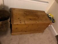 Pine Blanket Box (unpainted)