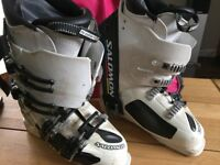 SALOMON X3-130 Ski Boot