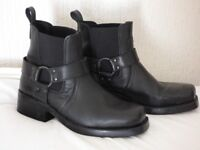 Mens Leather Wrangle Boots