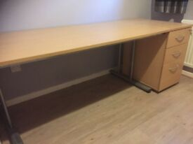 Office desk and small chest drawers