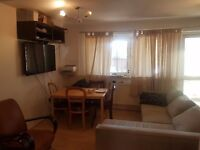 Single Room in Flat Share Avail Now