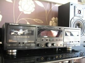 PIONEER CT-W650R Stereo Double Cassette Deck. Made in Japan. Hardly used. Very good condition