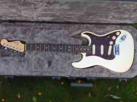 Fender Stratocaster Elite - 2017 in Olympic White
