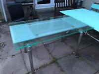 Two tables free to who can collect