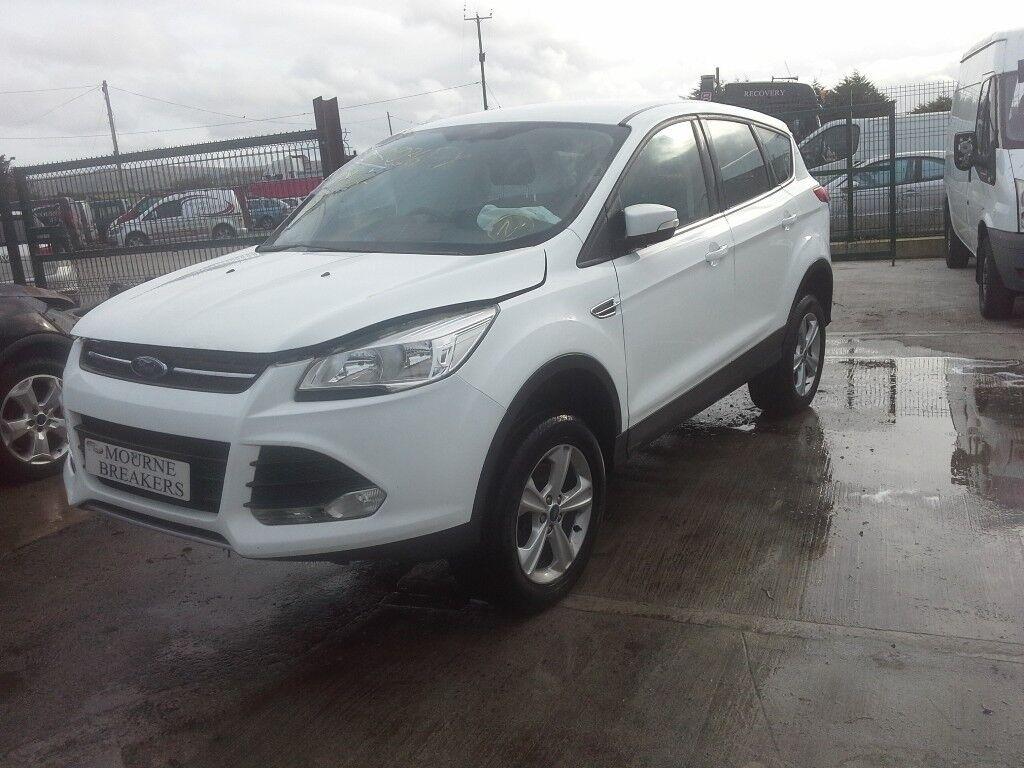 **FOR BREAKING** 2016 Ford Kuga Zetec 2.0 diesel (6 speed).