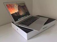 Apple MacBook Air 13.3 Intel Core i5 8gb Ram 128gb SSD OSX Sierra Boxed Excellent