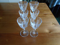 SET of 6 TYRONE CRYSTAL GLASSES, 4 LIQUER + 2 SHERRY from the 80's, ONLY USED as a DISPLAY, LIKE NEW