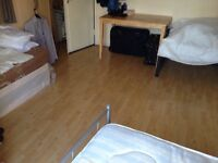 Triple bed to let in roomshare with Bulgaria boy in flatshare at Stepney Green & Whitechaple