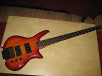 Spirit by Steinberger XZ-2 Bass Guitar 4 Strings
