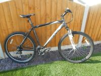 GIANT Boulder MTB, 21 Inch Alloy Frame xx 6000 series, 24 Speed, Front Suspension, in V.G.C