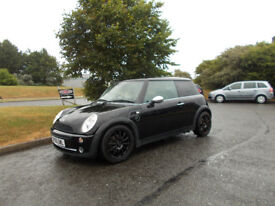 MINI ONE LIMITED EDITION BLACK 2005 HATCHBACK NEEDS ATTENTION STARTS,RUNS,DRIVES BARGAIN £750 *LOOK*