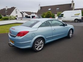 Automatic Vauxhall astra T top convertiable