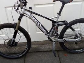 Scott genius mountain bike ONLY 490!! NO OFFERS!!