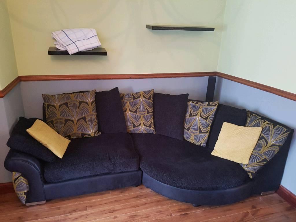 Corner sofa and swivling chair