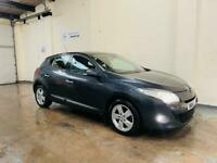 Renault Megane dynamique 1.6 in stunning condition full service history long mot June 22
