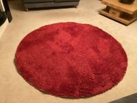 Cerise circular rug