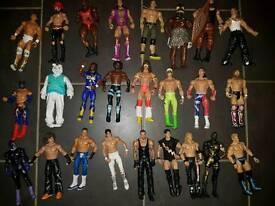 25 WWE Figures