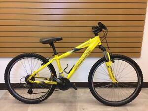 "Vélo montagne Freeride SPECIALIZED HardRock Sport 15""   #F010999"