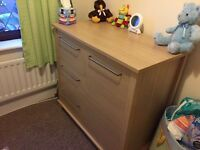 Mamas & Papas Horizon Cotbed and changing unit in excellent condition