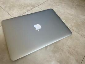 Apple MacBook Air 13inch 2014
