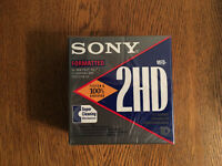 "3.5"" SONY 2HD FLOPPY DISKS - PACK OF 10 FORMATTED 1.4 MB SEALED"