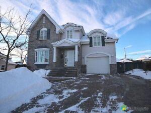 419 500$ - Maison 2 étages à vendre à Terrebonne (Terrebonne)