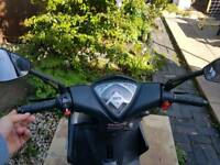 Sinnis harrier 125 moped 2017