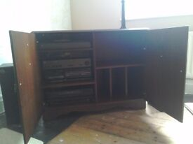 Beautiful Hi Fi Cabinet in Excellent Condition