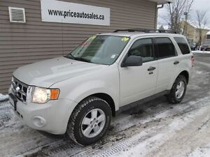 2009 Ford Escape XLT - HEATED LEATHER SEATS