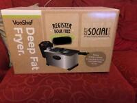 Brand new and Boxed Vonshef 3L Deep Fat Fryer