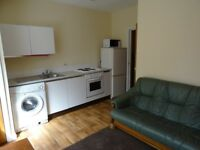2 bed fully furnished flat ideal for students in Victoria park, Rusholme