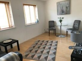 1 bedroom flat in Horseferry Road, London, E14 (1 bed) (#1128253)