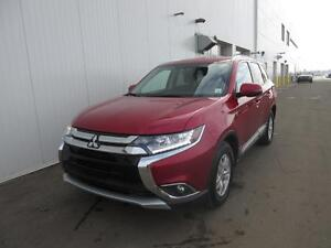 2016 Mitsubishi Outlander SE 7 Pass/HtdSeats/AC/Handsfree Phone