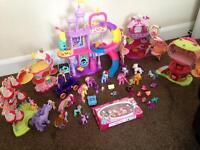 My Little Pony & Ponyville Bundle